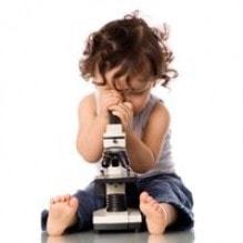 Зачем ребенку микроскоп?